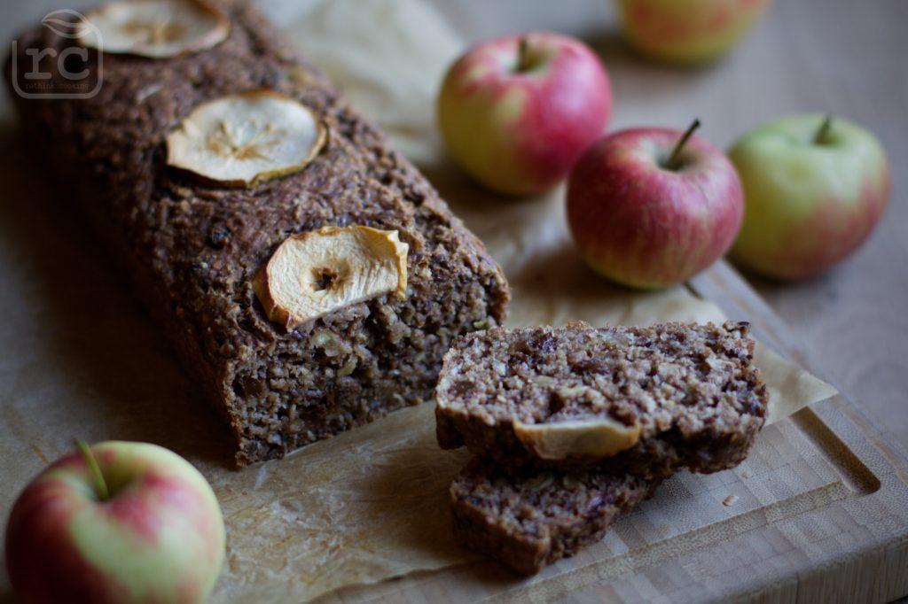 Apfelbrot ohne Zucker zum Mitnehmen als Frühstück