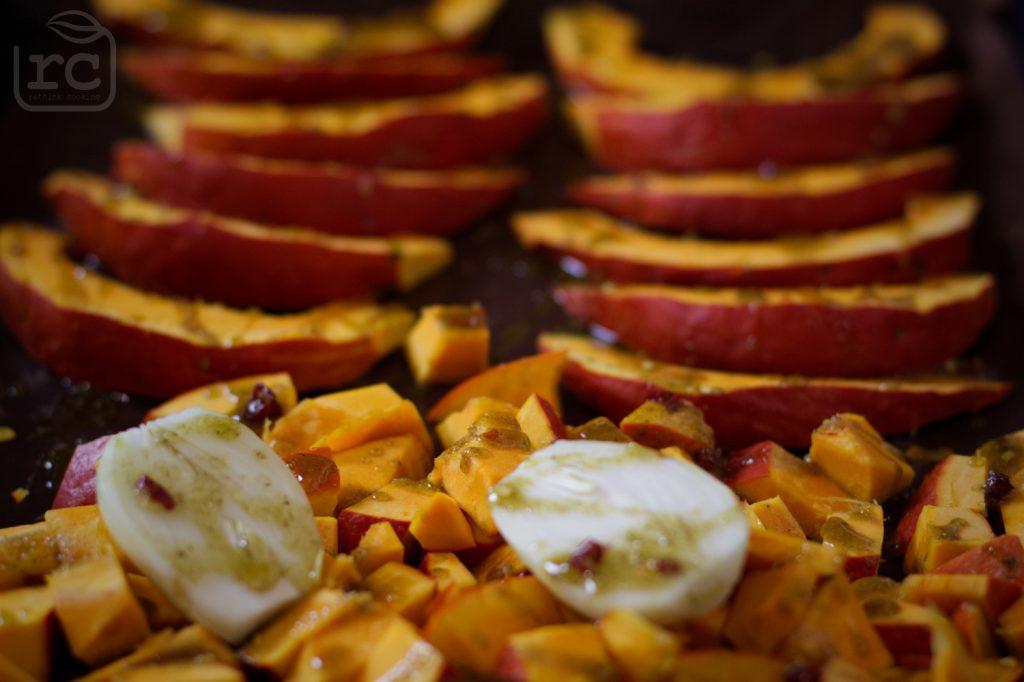 Energie sparen und Gemüse zusammen im Ofen backen
